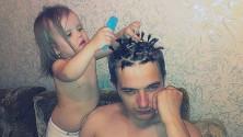 12 صورة تؤكد أن الآباء يستطيعون فعل أي شيء من أجل إرضاء بناتهم