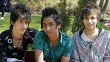 إيران تمنع قصات الشعر الشيطانية