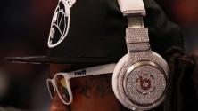 خدعة Beats By Dre لجعل سماعاتها الرخيصة غالية الثمن