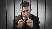 5 قوانين غريبة ستدخلك السجن في هذه البلدان