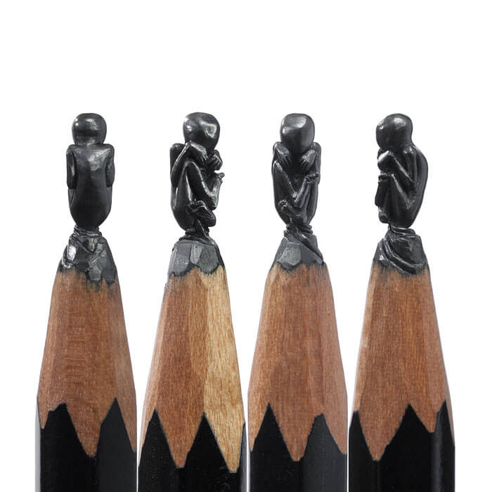 Amazing-Micro-Sculptures-Carved-From-Pencil-Tip-By-Salavat-Fidai23__700