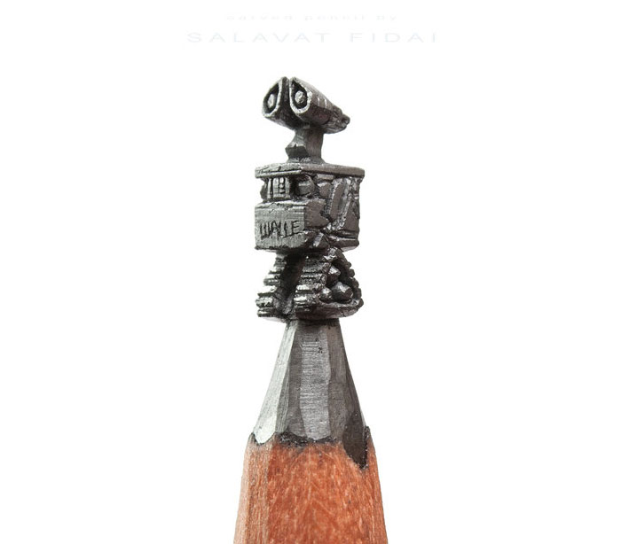 The-Best-Micro-Sculptures-Carved-From-Pencil-Tip-By-Salavat-Fidai2__700