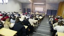 منحة استحقاق 'خاصة' تحل مشكل الطلبة المغاربة بالمدارس العليا للهندسة والتجارة الفرنسية