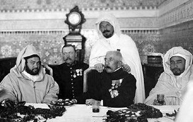 1912-152-Signature-du-traite-de-Fes-au-Maroc