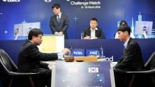 انتصار تاريخي لبرنامج AlphaGO على البطل العالمي للعبة Go