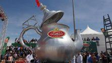 المغرب يدخل موسوعة غينيس بأكبر براد أتاي في العالم