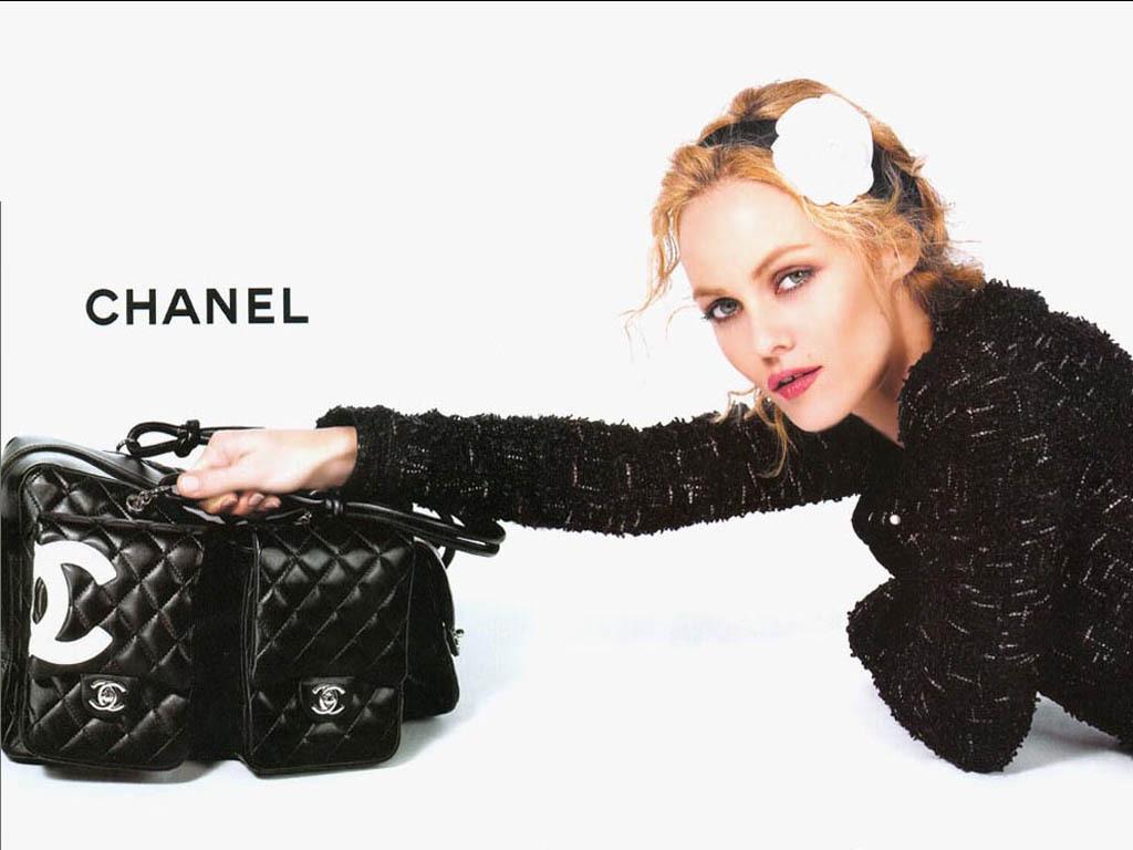 Vanessa-Paradis-Chanel-chanel-2561066-1024-768