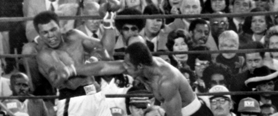 (FILES): This September 9, 1976 file photo shows Ken Norton (R) exchanging blows with world heavyweight boxing champion Muhammad Ali (L) during their 15-round title fight at Yankee Stadium in New York. Ali retained his crown on a points decision. Former boxing champion Ken Norton, who was considered one of the greatest heavyweights of his era, died Wednesday, September 18, 2013, of heart failure, aged 70, the Los Angeles Times reported. Norton is best known for beating Muhammad Ali in 1973, breaking the Hall of Famer's jaw in the process. Norton ended his brilliant career with a record of 42 wins, seven losses, one draw and 33 knockouts. AFP PHOTO / Files