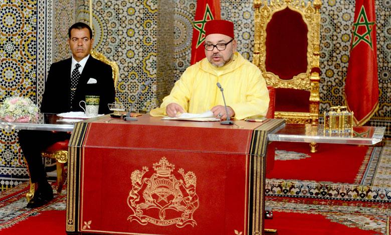 SM-LE-ROI-discours-fete-du-trone