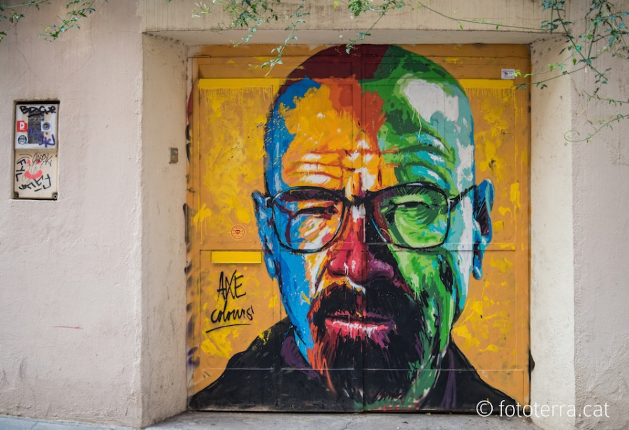 212805-walter-white-from-breaking-bad-street-art-mural-by-axe-colours-in-barcelona-spain-900-09a39f380a-1476711721