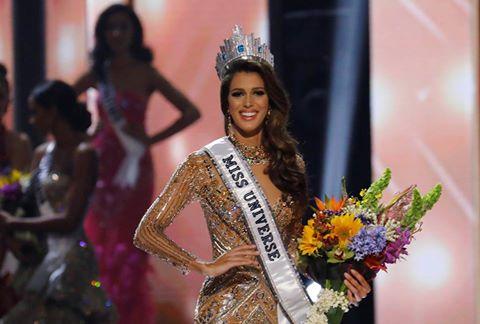 """08b8c55ca توجت الفرنسية """"إيريس ميتينير"""" بلقب ملكة جمال الكون لهذه السنة في حفل أقيم في  العاصمة الفيليبينية """"مانيلا"""" اليوم الإثنين."""