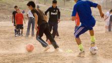 13 شيئا لن يفهمها إلا من لعب كرة القدم في الشارع