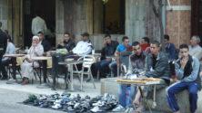 في المقهى المغربي: السياسة بلسان الشعب المغربي