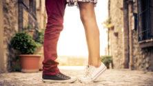 أنت قصيرة القامة؟ 9 أسباب تجعلك فتاة جميلة وجذابة