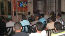 10 أشياء تميز مشاهدة المباريات في مقهى حي شعبي