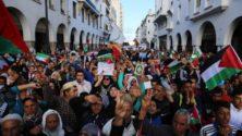 مغاربة يحتجون بالآلاف ضد قرار الرئيس الأمريكي في الرباط