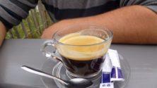 هذا ما يقع لك عندما تقرر التوقف عن شرب القهوة