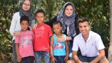 """بمناسبة عيد الشباب .. مغاربة يطلقون مبادرة """"خمسة وخميس"""" من أجل الإحتفال مع الملك"""