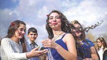تيندر على أرض الواقع في المغرب: مهرجان إيملشيل يجمع الشباب والشابات من أجل الإرتباط وتكوين قصص حب