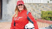 هذه المرأة المغربية إقتحمت عالم رياضة سباق السيارات فتألقت وفازت بكل شيء