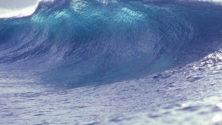 نشرة إنذارية : أمواج تبلغ 6 أمتار على طول الساحل الأطلسي إبتداءا من يوم غد الجمعة